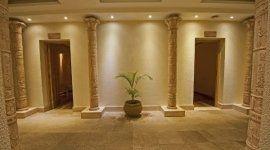 colonnato in pietra, accessori in pietra per interni, pavimenti in granito