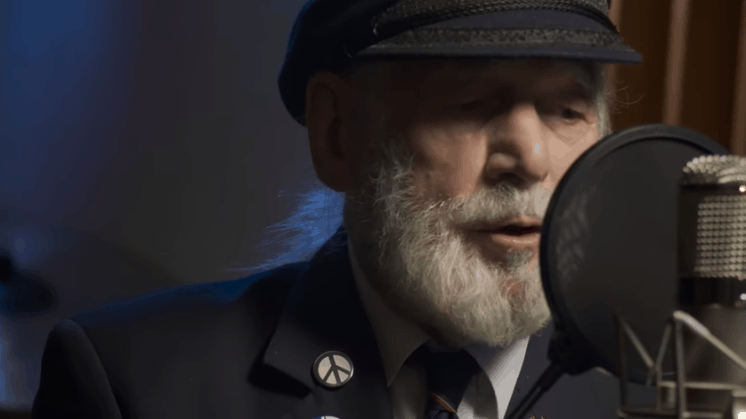 90-year-old D-Day veteran's tribute song to the World War II
