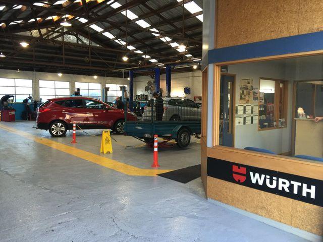 Engine repairs expert at work in Dunedin