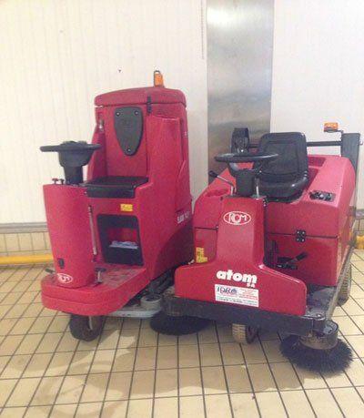 Macchine per la pulizia di colore rosso