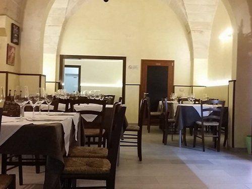 immagine degli interni  del ristorante pizzeria La normanna