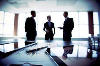 professionisti di diritto, commercialisti, consulenti per aziende