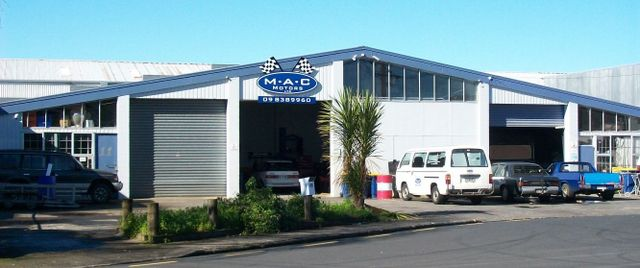 Our mechanic repairs garage in Auckland