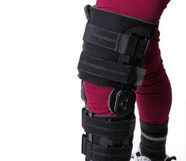 prodotti ortopedici, tutore per il ginocchio, articoli sanitari