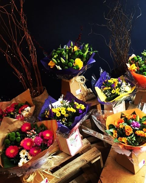 attractive set of flowers