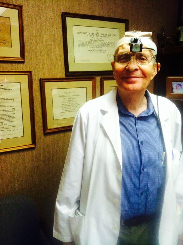 Philip D Hellreich MD dermatologist in Kailua, HI
