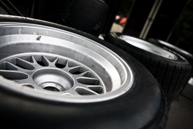 A used car tire and towing services in Hilo, HI