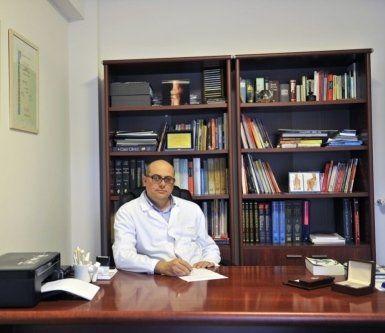 reumatologo dotto Gilberto Parisi