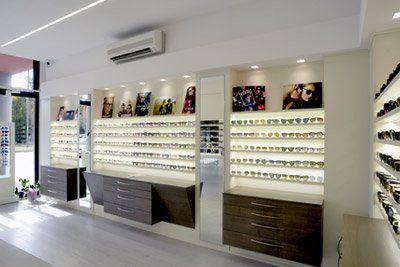 Interno della bottega degli occhiali Colpo d'occhio a Montelupo Fiorentino
