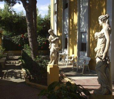 casa di riposo, giardino privato, patio