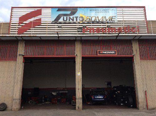 entrata garage gommista