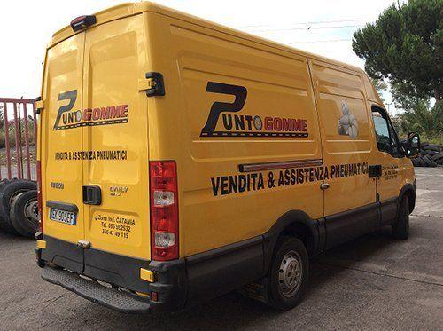 furgoncino giallo assistenza stradale