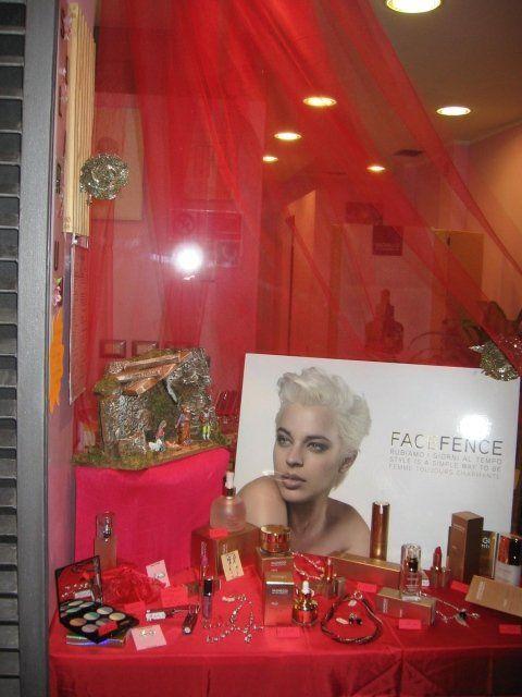 estetica, vendita cosmetici