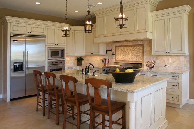 Kitchen Cabinets Iowa City