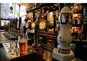 Family run pub - Wrexham, Denbighshire - Cunliffe Arms - Cask ales