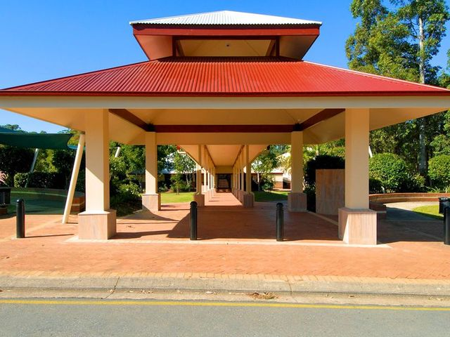 matthew flinders anglican college administration building buderim