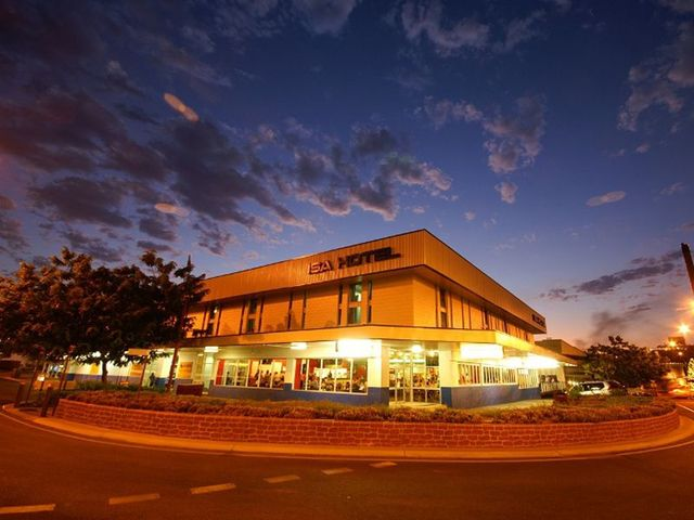 the isa hotel mount isa