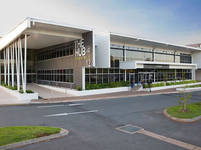 commercial building greenfield blvd mackay