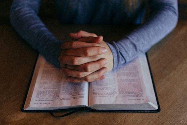 Lenten Bible Study Groups
