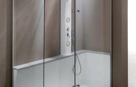 Interno della doccia in vetro