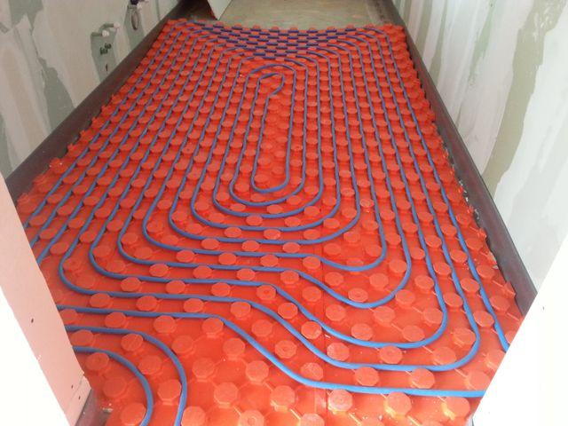 Impianto di riscaldamento nel pavimento