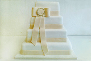 Birthday cakes - Middlesex - Celebration Cakes - Wedding Cake with Sugar Flowers