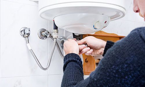 Plumber providing water heater repairing in Mooresville