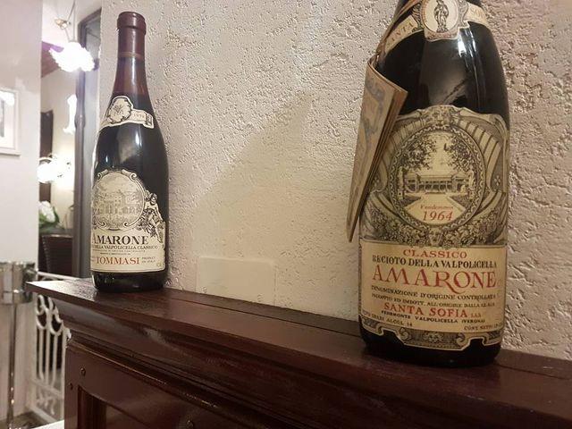 Bottiglie di vino pregiato a Torino