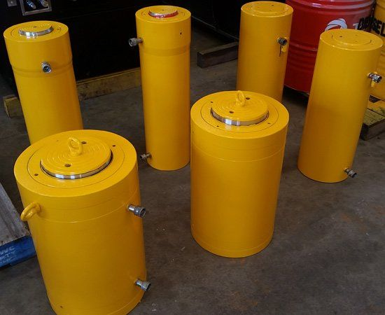 group of hydraulic jacks