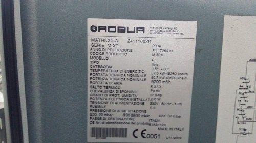 un'etichetta con scritto Robur