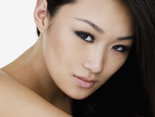Upper lip hair removal by expert in Hilo, HI