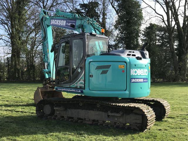 Kobelco 8 ton 360 Excavator
