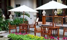 tavoli esterni, tavoli legno giardino, sedie giardino