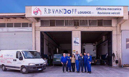 staff dell'officina Revandoff Loiudice ad Altamura