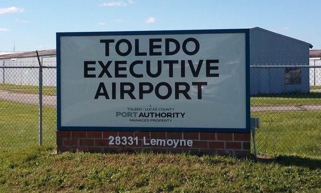 Toledo Executive Airport