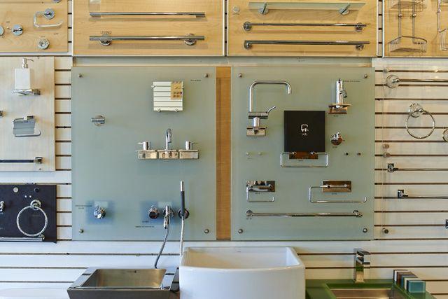 Variety of sinks