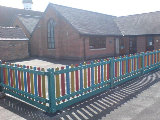 coloured fencing