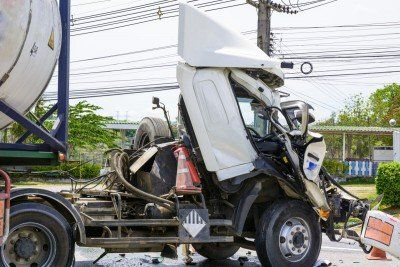 tractor trailer accident- lawyer in  Phoenix City,  AL