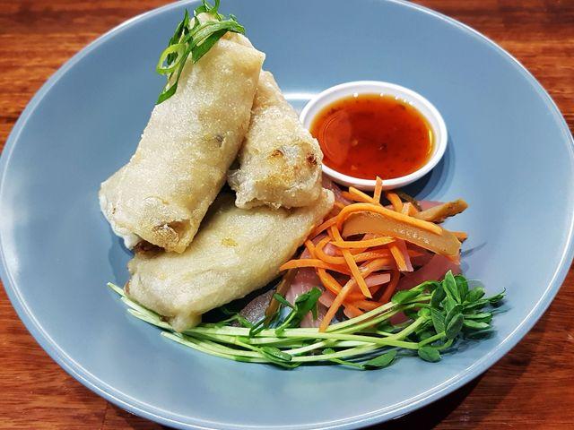 Chop 'n Chill - Crispy Fried Rice Paper Rolls