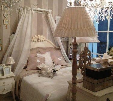 vendita al dettaglio biancheria per la casa, vendita articoli da regalo, liste nozze