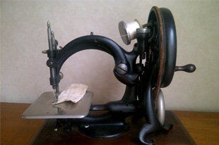 antique sewing machines - Stroud, Gloucestershire - Sewknit Services - sewing machine repairs