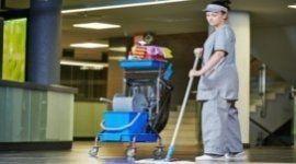 operatori in divisa, pulizia uffici pubblici, pulizie in orari di chiusura