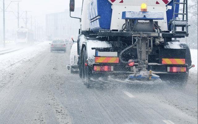 sale-per-disgelo-stradale