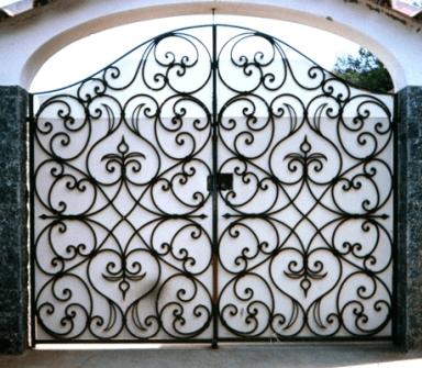 Cancello in ferro ad Ottaviano