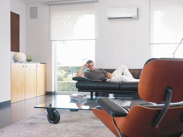 Air conditioner pressure regulator