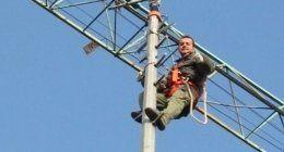elettricista su antenna