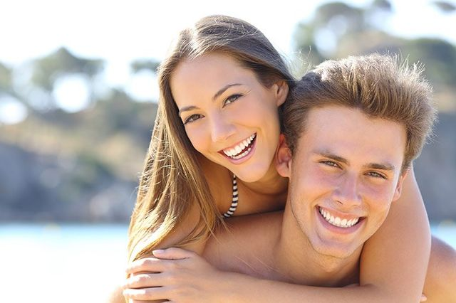 couple with perfect teeth