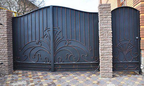 Cancello di Edil & Domus Porte e Finestre a Roma