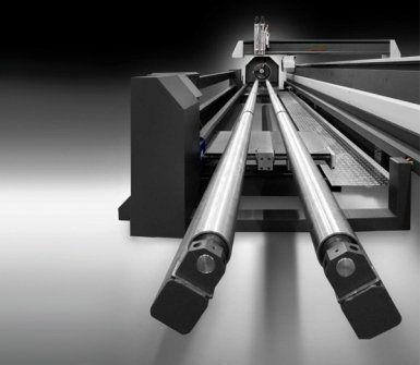 taglia lamiera con puntatore laser