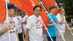 Volunteers wearing 2013 Chubu Walkathon T-shirts